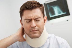 neck injured man sm